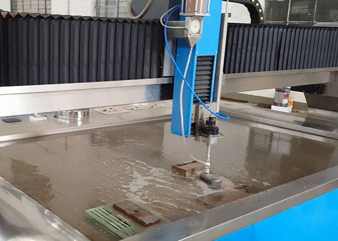 38KW elektrische waterstraalsnijmachine CNC waterstaal snijder 3,7L min stroomsnelheid