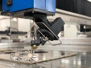3D waterstraalsnijmachine met 5 assen Waterstraal CNC snijprijs te koop