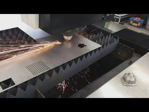 Hoe China Accurl 700w 1000w vezelplaat CNC lasersnijmachine voor roestvrij staal